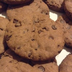 Homemade Snacks: Chocolate Chip Cookies